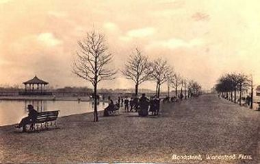 The bandstand, Wanstead Flats