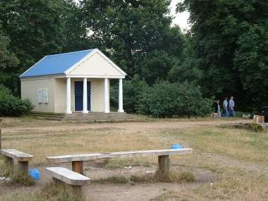 Refreshment Kiosk, Wanstead Park